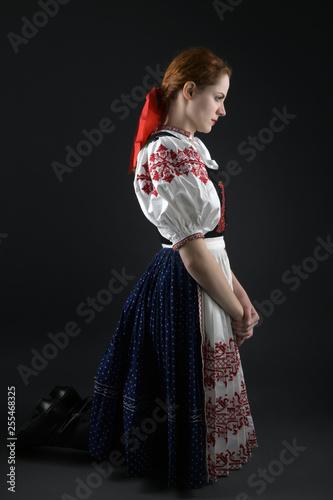 Fotografia  Slovak folklore woman. Folklore dancer.