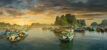 Sunset  In Ha Long Bay,Vietnam