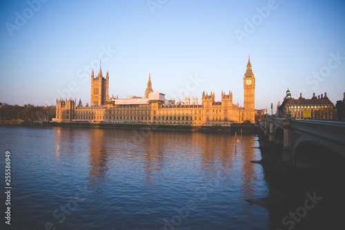 big ben and houses of parliament in london Canvas Print
