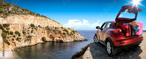 Cadres-photo bureau Vintage voitures Summer car on road and sea landscape