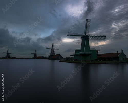 Poster Amsterdam Sunrise at the windmills of Zaanse Schans, Netherlands