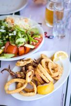 Kalamari Und Salat