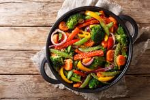 Healthy Asian Food Stir Fry Of...