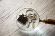 Wohnungsschlüssel unter die Lupe