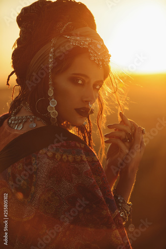 Fond de hotte en verre imprimé Gypsy hippy fashion girl