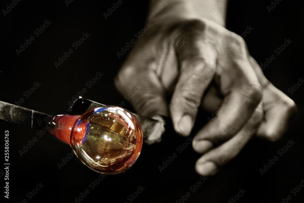 Fototapety, obrazy: Work of Glass Blower