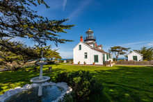 Pinos Point Lighthouse