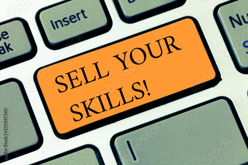 Fotografía  Handwriting text writing Sell Your Skills
