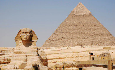 The Sphinx and pyramid of Kefren in Cairo, Giza, Egypt