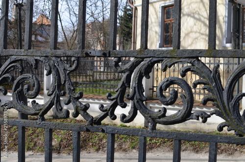 Aluminium Prints Old abandoned buildings Sandomierz , architektura, dom, budowa, stary, niebo, zamek, europa, dach, panorama, gród, podróż, krajobraz, historia, drzew, punkt orientacyjny, blękit, pałac, jardin, odsłon, charakter, toskania, p