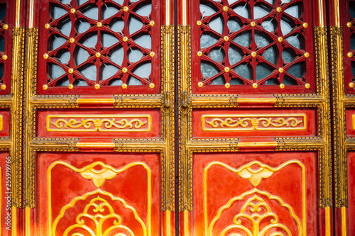 Fotografie, Obraz  Chinese traditional door detail background