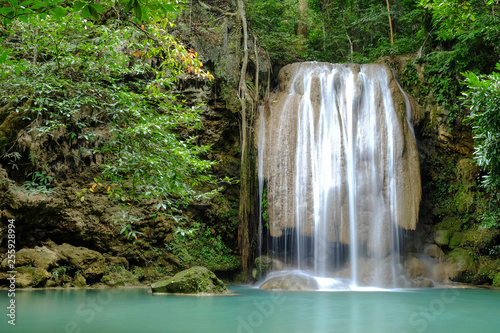 Photo Stands Waterfalls Erawan Waterfall level 3 in Kanchanaburi Province, Thailand Deep forest Waterfall