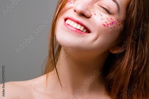 Happy young woman Fototapeta