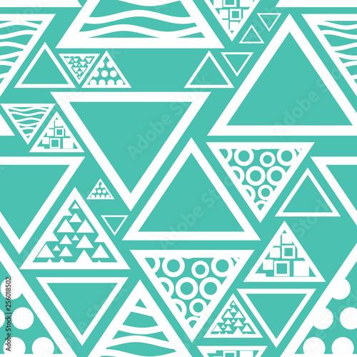 abstrakcyjny-wzor-bezszwowe-trojkat-geometryczny