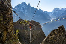 Mountaineer Crossing Cable Bri...