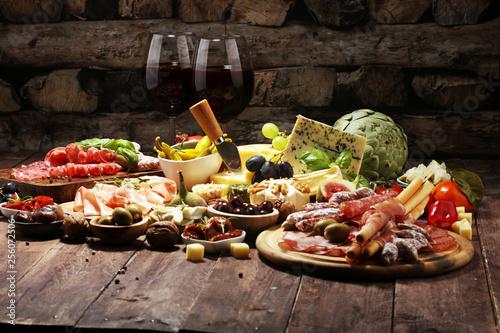 Obraz na płótnie Italian antipasti wine snacks set