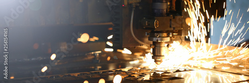 Recess Fitting Metal Sparks fly out machine head for metal processing