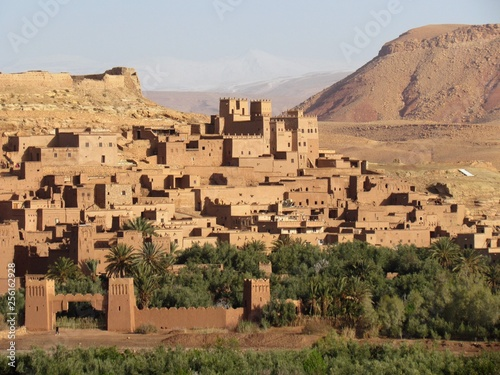 Poster Maroc Ksar of Ait Ben Haddou in center Morocco has been a UNESCO World Heritage Site sine 1987. Walking through the little streets is a fairy Tale experience