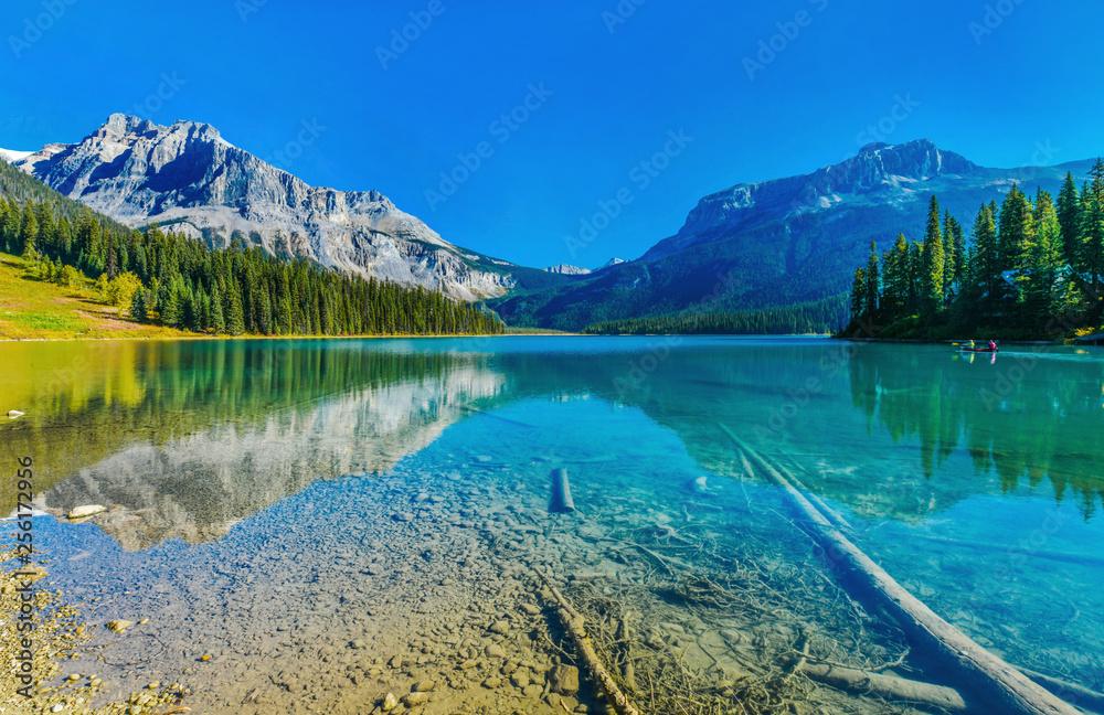 Fototapeta Emerald Lake,Yoho National Park in Canada