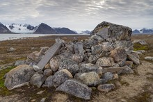 Remains Of Wooden Coffins And Gravestones, Graves Of Dutch Whalers, Historical Whaling Station, Smeerenburg, Smeerenburgfjord, Spitsbergen Archipelago, Svalbard And Jan Mayen, Norway, Europe