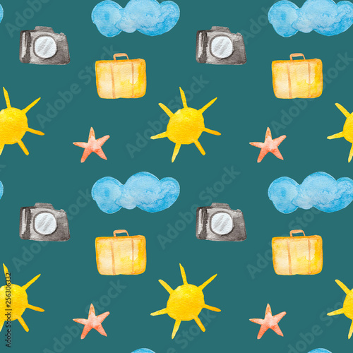 Foto  Tourism and traveling watercolor painting - seamless pattern with sun, camera, b