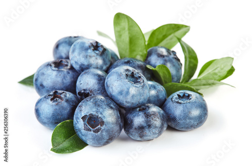 Fotografie, Obraz heap of fresh blueberry with leaves isolated on white background