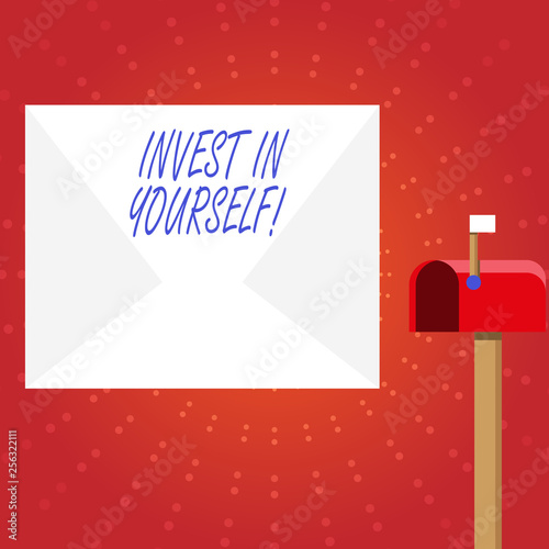 Fotografía  Writing note showing Invest In Yourself