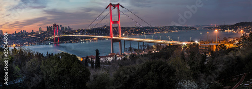 Cadres-photo bureau Noir Bosphorus Panorama. Fatih Sultan Mehmet Bridge, Bosphorus bridge in Istanbul Turkey