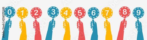 Fotografia Human hands holding silhouette colorful score cards