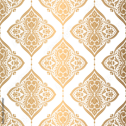 Foto  Gold and white floral seamless pattern