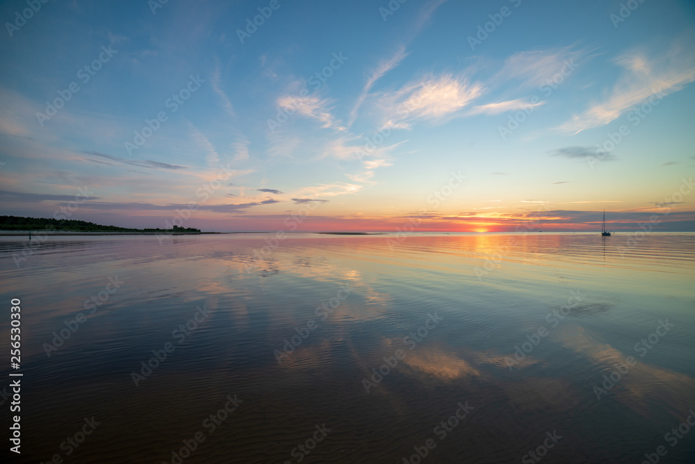 Fototapety, obrazy: calm sunset with no wind on the lake