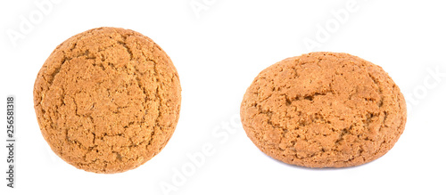 Photo oat cookies on white background