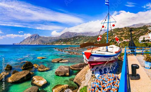 Kreta, piękne plaże i wioska rybacka Plakias. Grecja