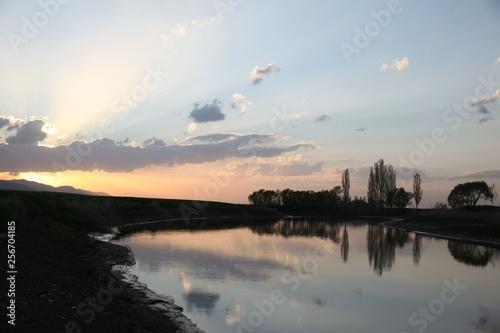 Foto op Plexiglas Historisch geb. Lake view with perfect reflection.artvin/turkey