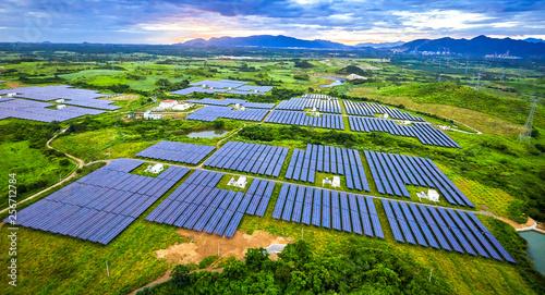 Obraz Aerial solar photovoltaic panel under aerial illumination - fototapety do salonu