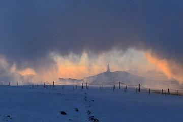 Latarnia w chmurach