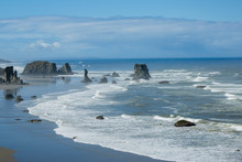 Bandon Beach Oregon Sea Stacks Inn The Morning At Low Tide