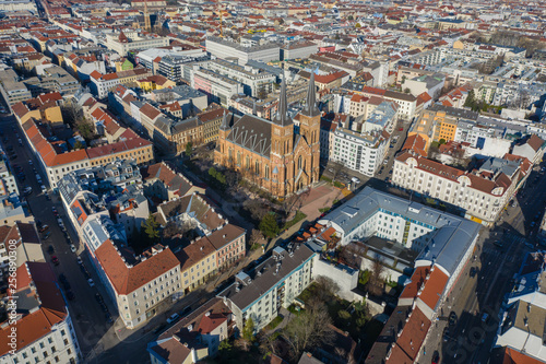 Fototapeta Beautiful drone shot of Vienna in Austria obraz na płótnie