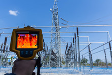 Thermoscan(thermal Image Camera), Industrial Equipment Used For Checking The Internal Temperature Of The Machine For Preventive Maintenance, This Is Checking Substation Heat