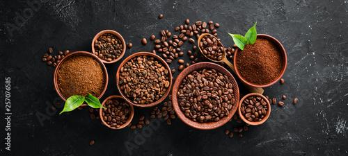 Stampa su Tela Ground coffee and coffee beans