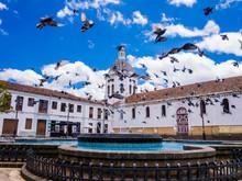 Ecuador, Cuenca City Center, S...