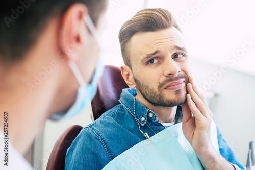 Stampa su Tela  Symptoms of gums pain