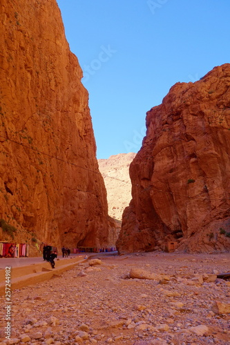 Foto  Dessert canyon called Boumalne Dades located in Atlas mountains of Morocco on th