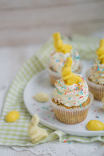 Lemon Poppy Seed Cupcake With ...