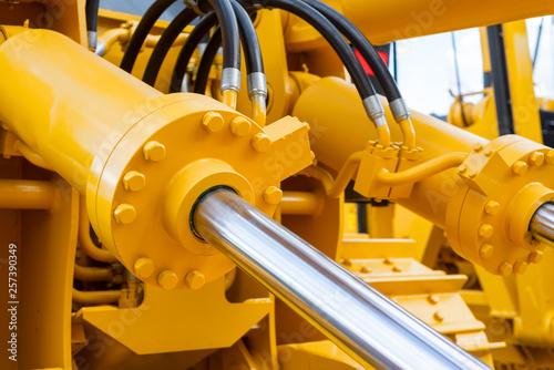 Fotografía  Powerful hydraulic cylinders