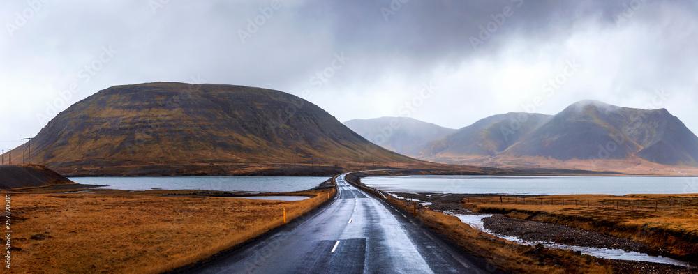 Fototapeta Icelandic road in Snaefellsnes peninsula of Iceland
