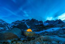Tent Near Little Annapurna, Wa...
