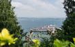 Blick von der Insel Mainau auf den Bodensee im Frühling
