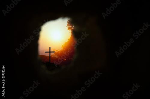 Cuadros en Lienzo Empty tomb with cross symbol for Jesus Christ is risen