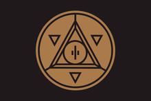 Pyramid Eye Money Coin Icon. T...